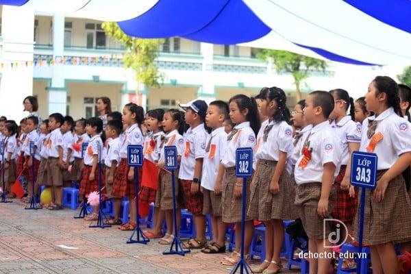 lễ khai giảng tại trường học đông nhất thủ đô năm học 2018-2019